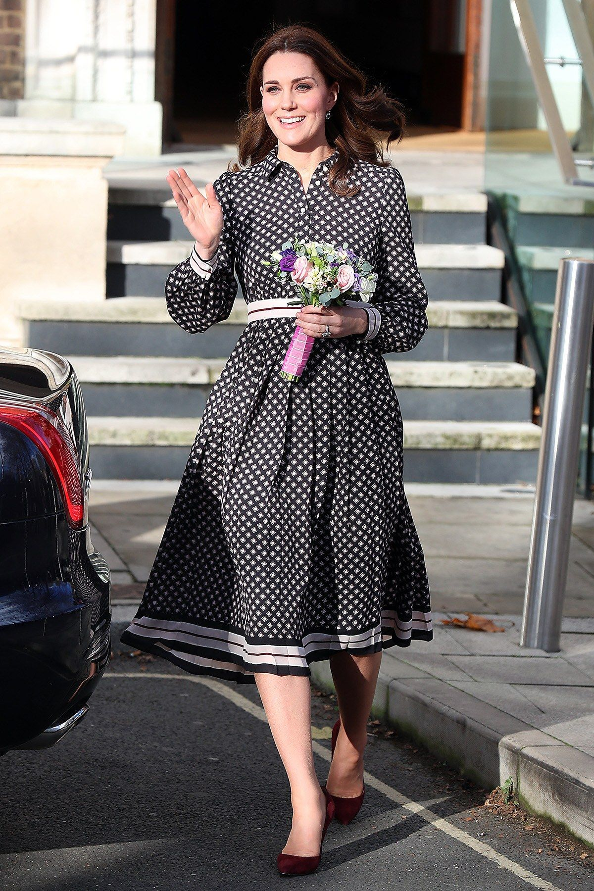 Kate Middleton Is Absolutely Thrilled About Prince Harry And Meghan Markle S Engagement Kate Middleton Dress Kate Middleton Outfits Kate Middleton Style