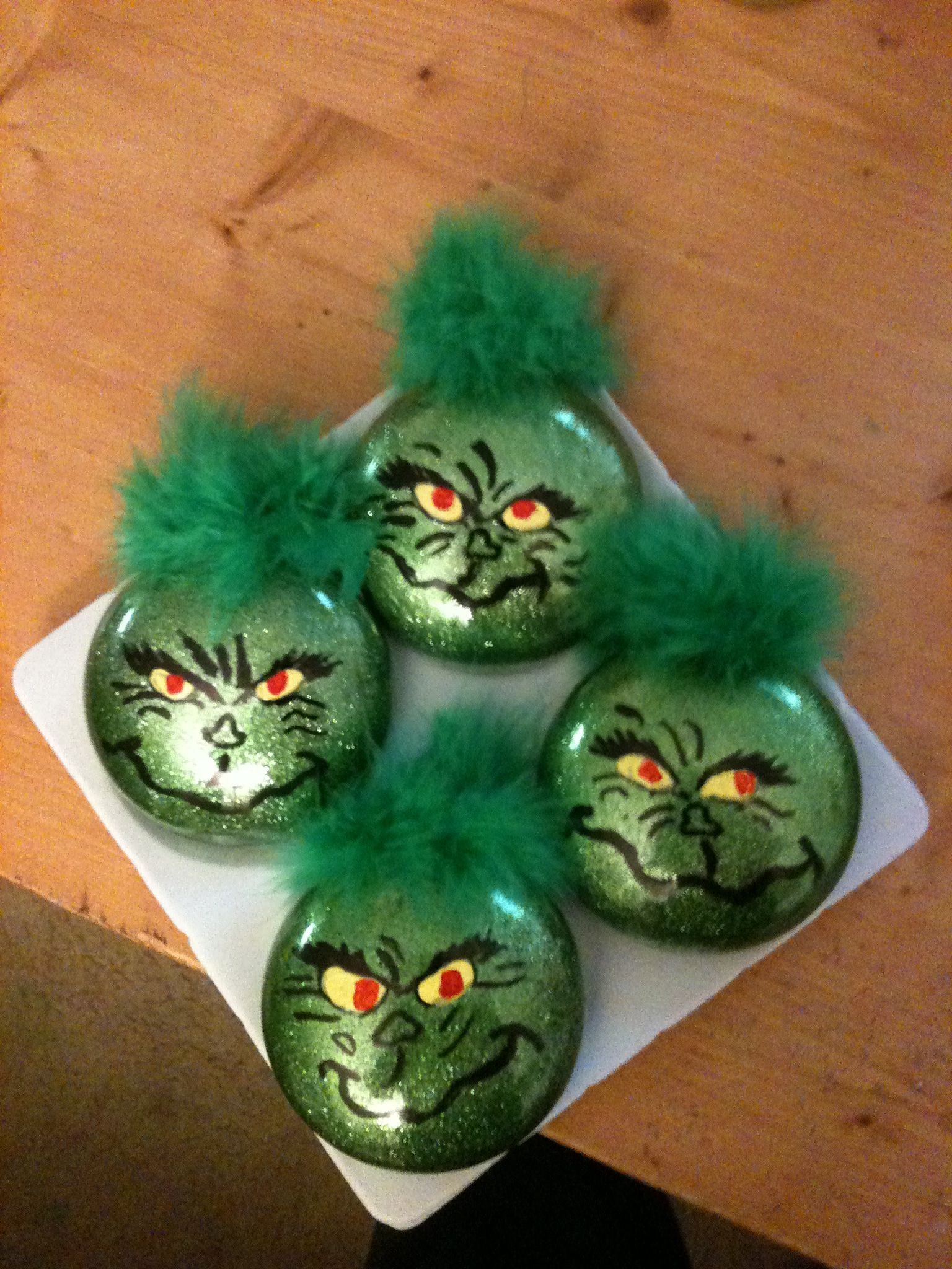 My grinch ornaments Xmas crafts, Holiday crafts, Hand