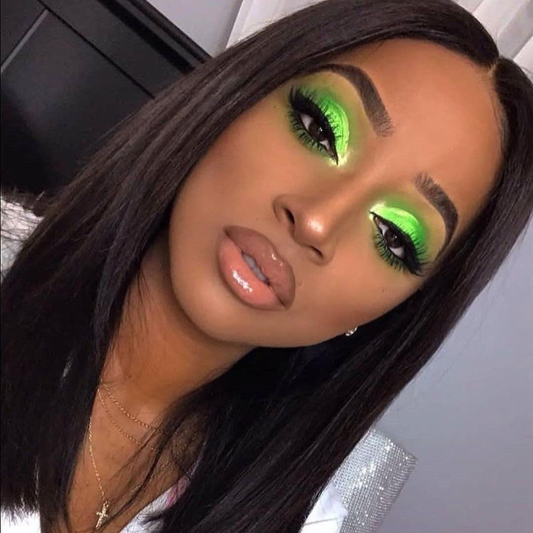 Bright lime green smokey eyeshadow look makeup for green