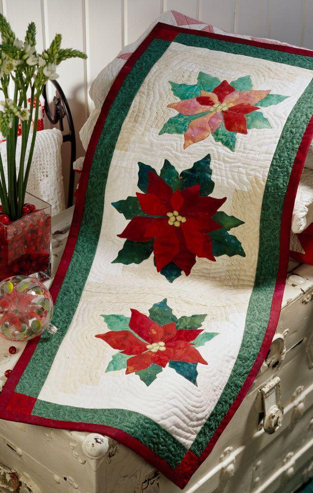 Christmas poinsettia Table Runner and coordinating Hexagonal Mat