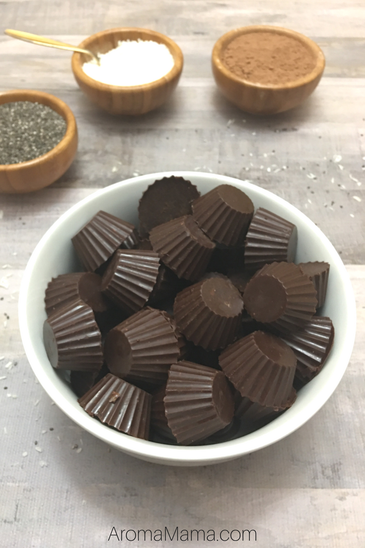 These Superfood Paleo Chocolates are healthier than a snack bar, but taste like a dessert! They are healthy, raw, and organic! via @thearomamama