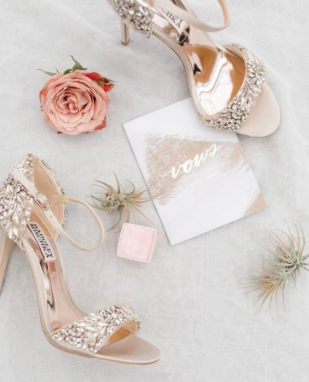 Pin On Heels Shoes