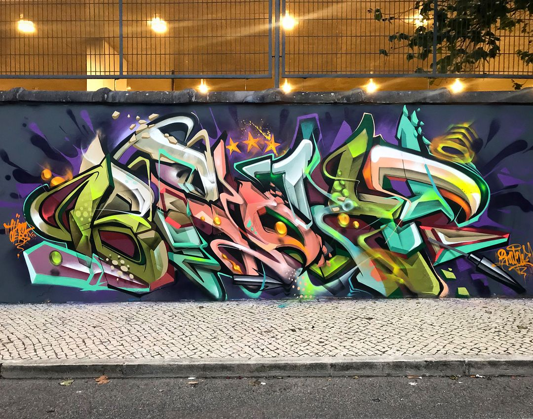 Graffiti art by helio bray