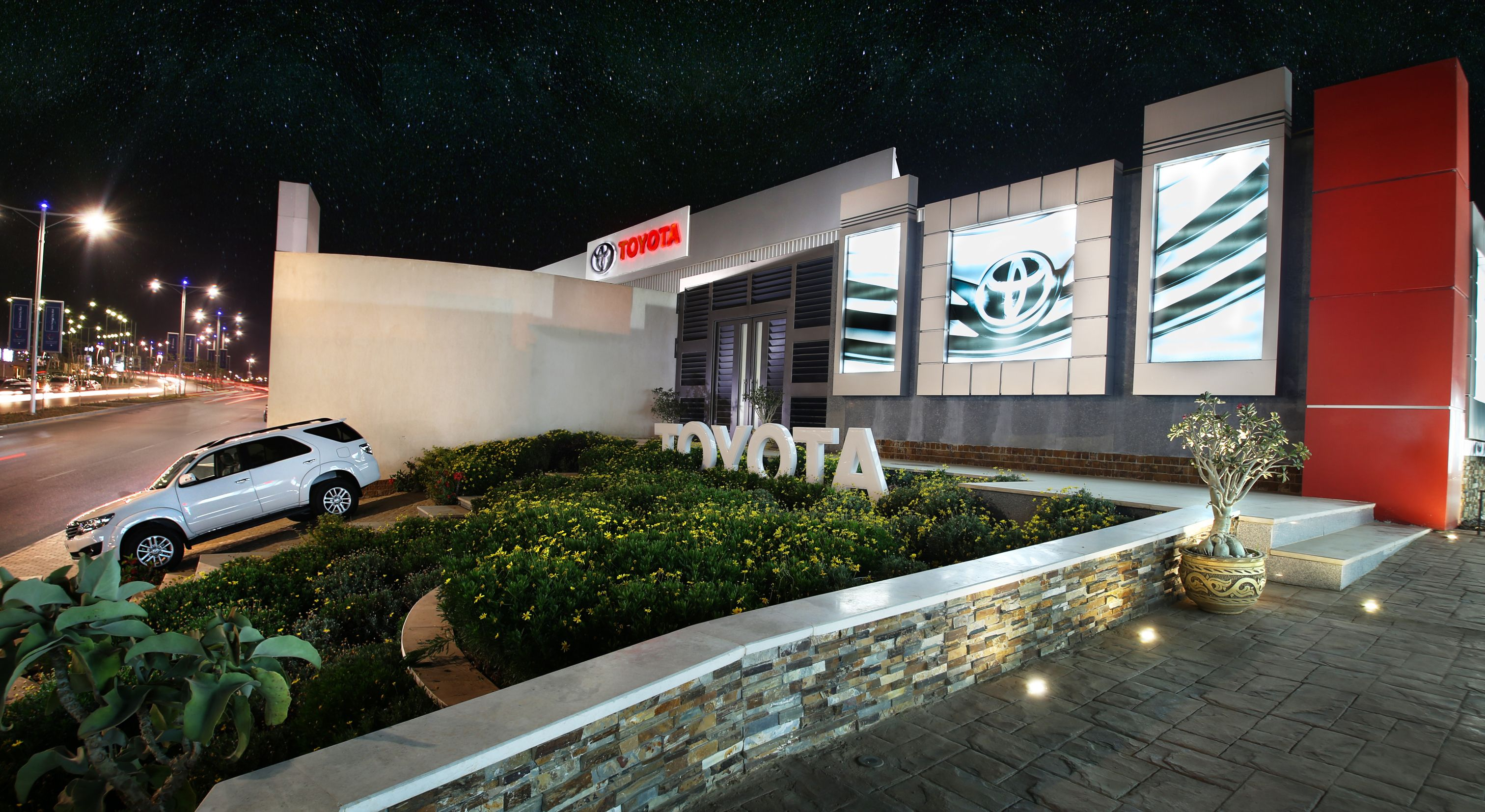 Toyota Passage Cairo Festival City New Cairo Egypt Sharing Toyota Egypt Success New Concepts Conc Construction Drawings Cairo Festival House Styles