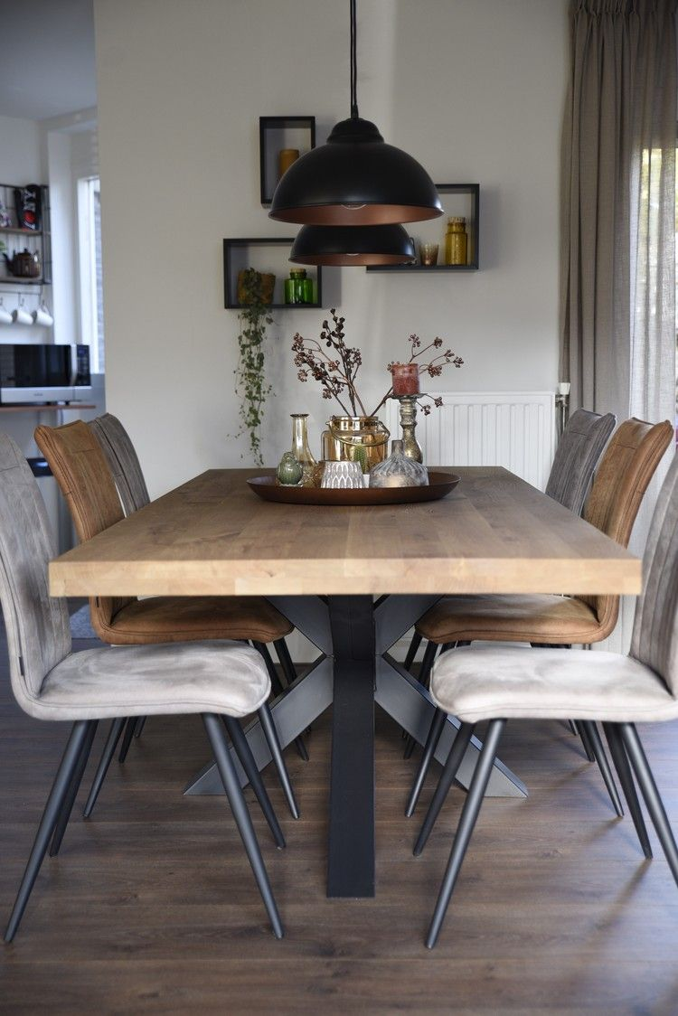 Combinatie van hippe eetkamerstoelen | Dining, Interiors and Decoration