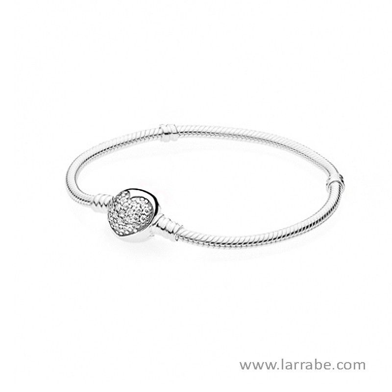 03d4ecca0203 Pulsera Pandora Cierre Corazón de la nueva colección Pandora San Valentín  2017. ¡Porta contigo