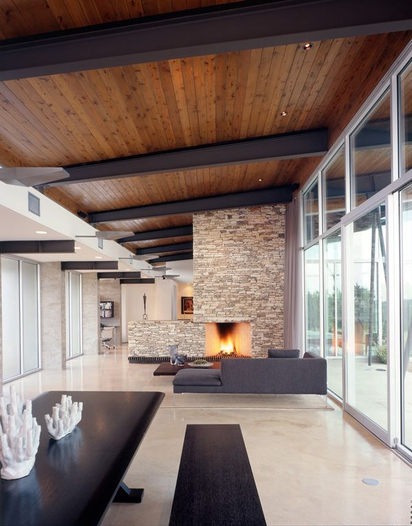 Modern compound in Texas hill country: Trahan Ranch | Holzdecke ...