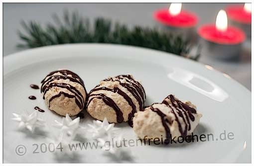 kokos marzipanmakronen glutenfrei backen und kochen bei z liakie glutenfreie rezepte. Black Bedroom Furniture Sets. Home Design Ideas