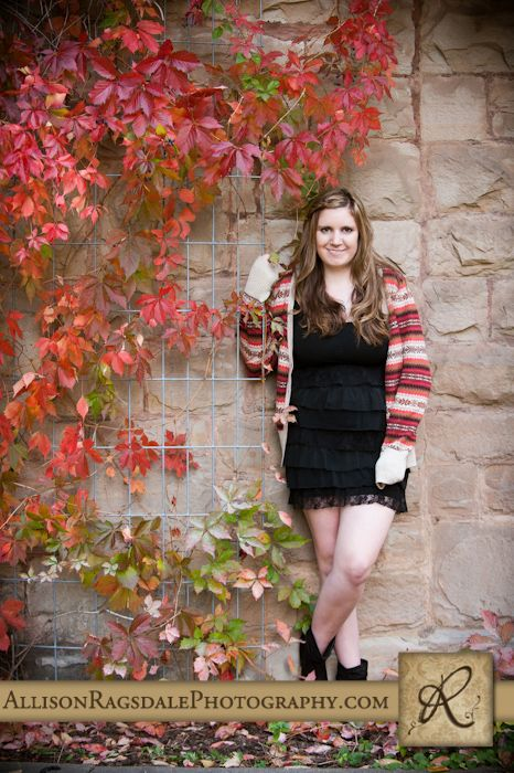 Amazing Fall Senior Pictures | Senior poses | Fall senior
