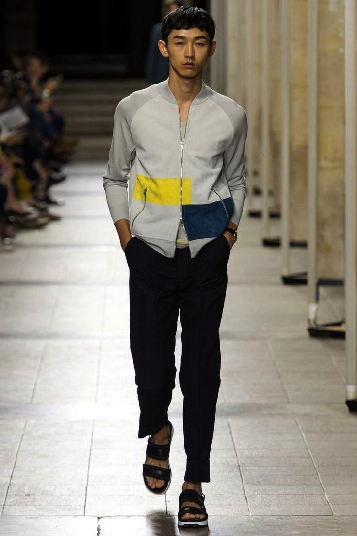 2017 Menswear collection, runway looks, beauty, models, and revie... - Moda ropa hombre -Herms Spri