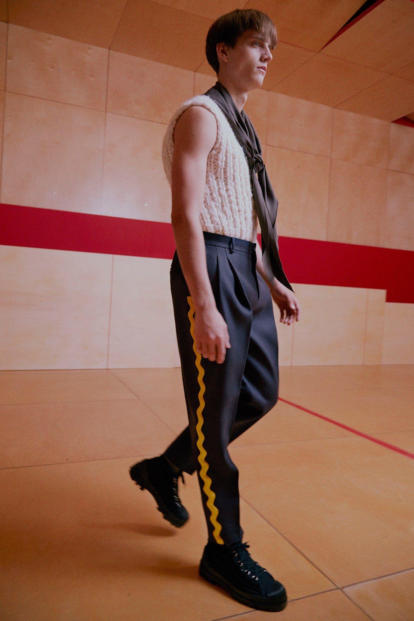 Acne Studios Fall 2016 Menswear Fashion Show