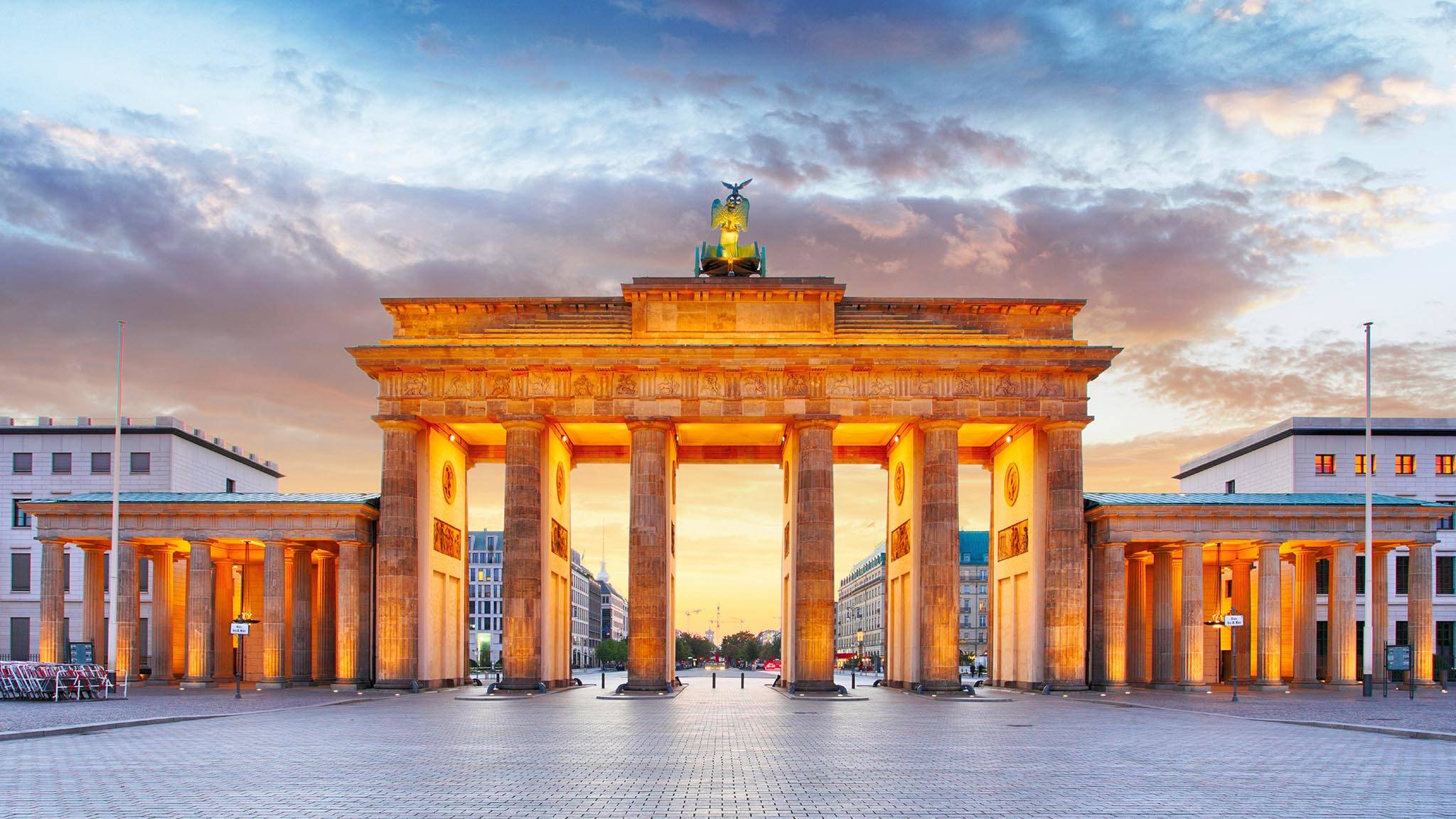 Public Transport In Germany Internations Brandenburg Gate Germany Berlin City