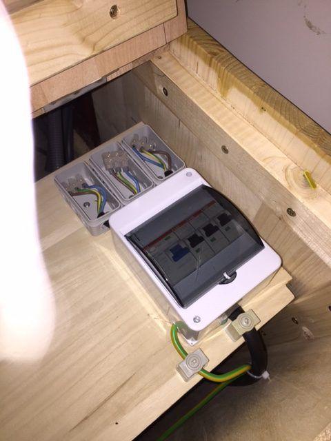 elektrik 230v kastenwagen camper pinterest wohnmobil. Black Bedroom Furniture Sets. Home Design Ideas