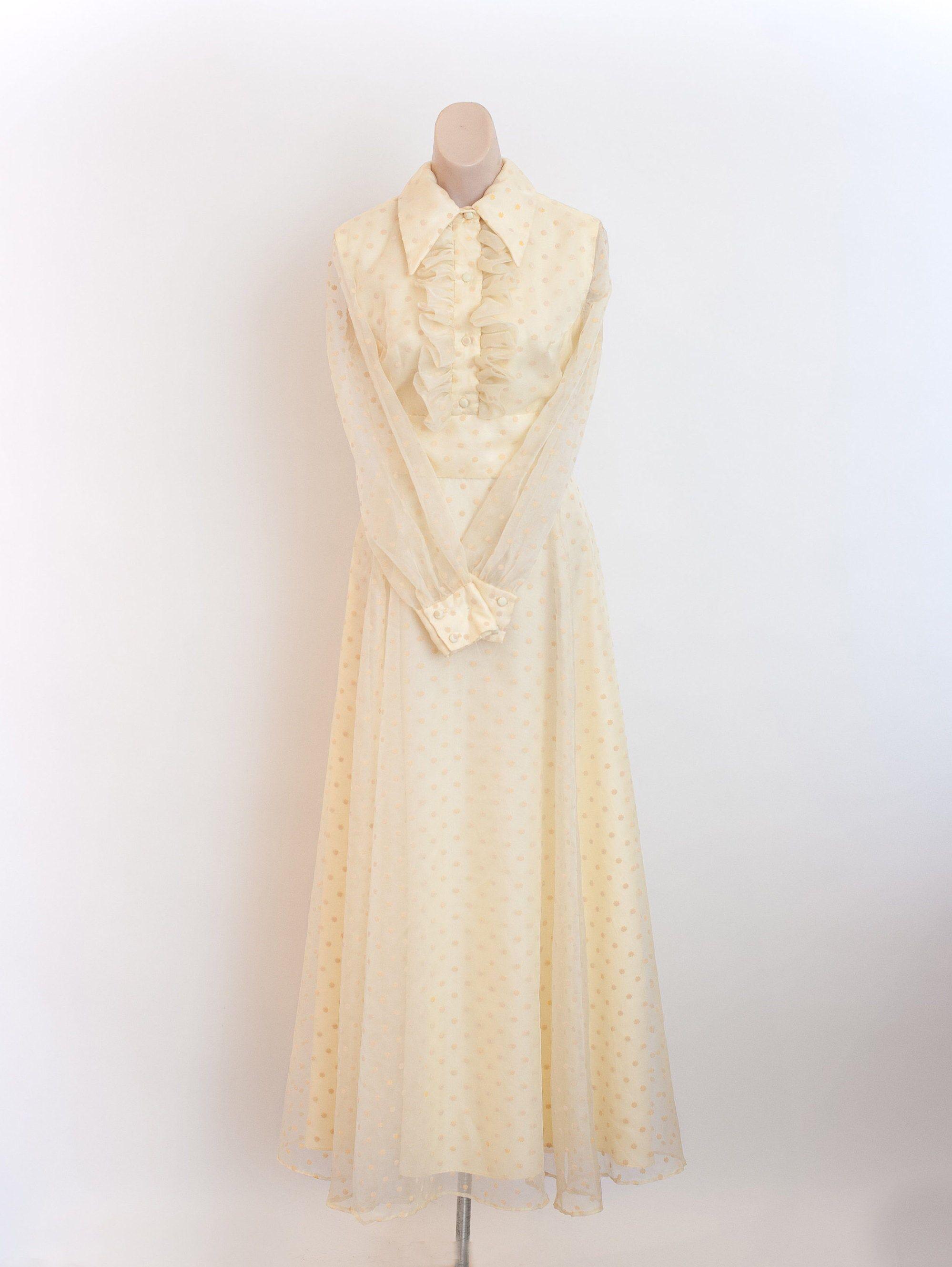 Vintage 1970s Yellow Maxi Dress 70s Dress 60s Formal Dress Etsy Yellow Maxi Dress 70s Dress Dresses [ 2658 x 1998 Pixel ]