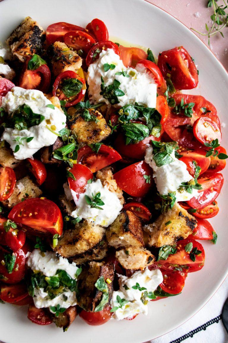 Herb Marinated Tomato Panzanella The Original Dish Recipe In 2020 Marinated Tomatoes Tomato Recipes Delicious Salads