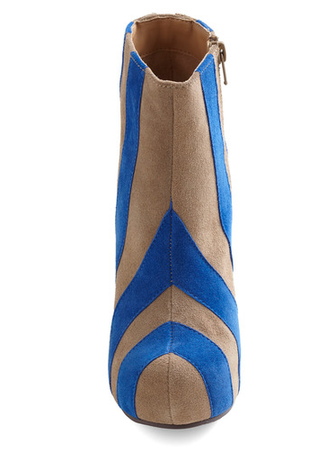 found at lovely Modcloth.  http://www.modcloth.com/Modcloth/Womens/Shoes/Wedges/-Sidelines+Bootie #shoes