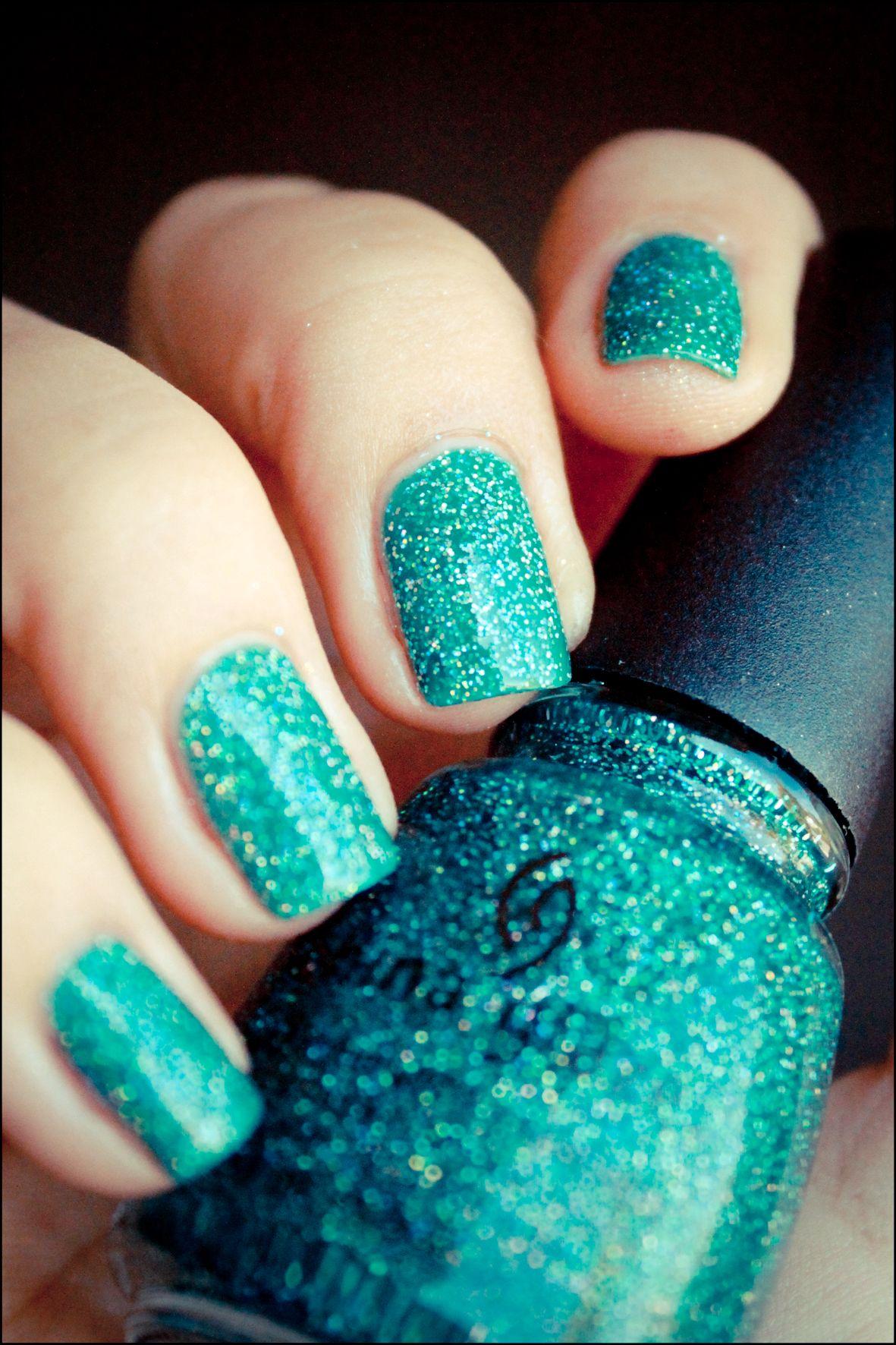 Uñas turquesas brillantes | fashion | Pinterest | Turquesa, Belleza ...