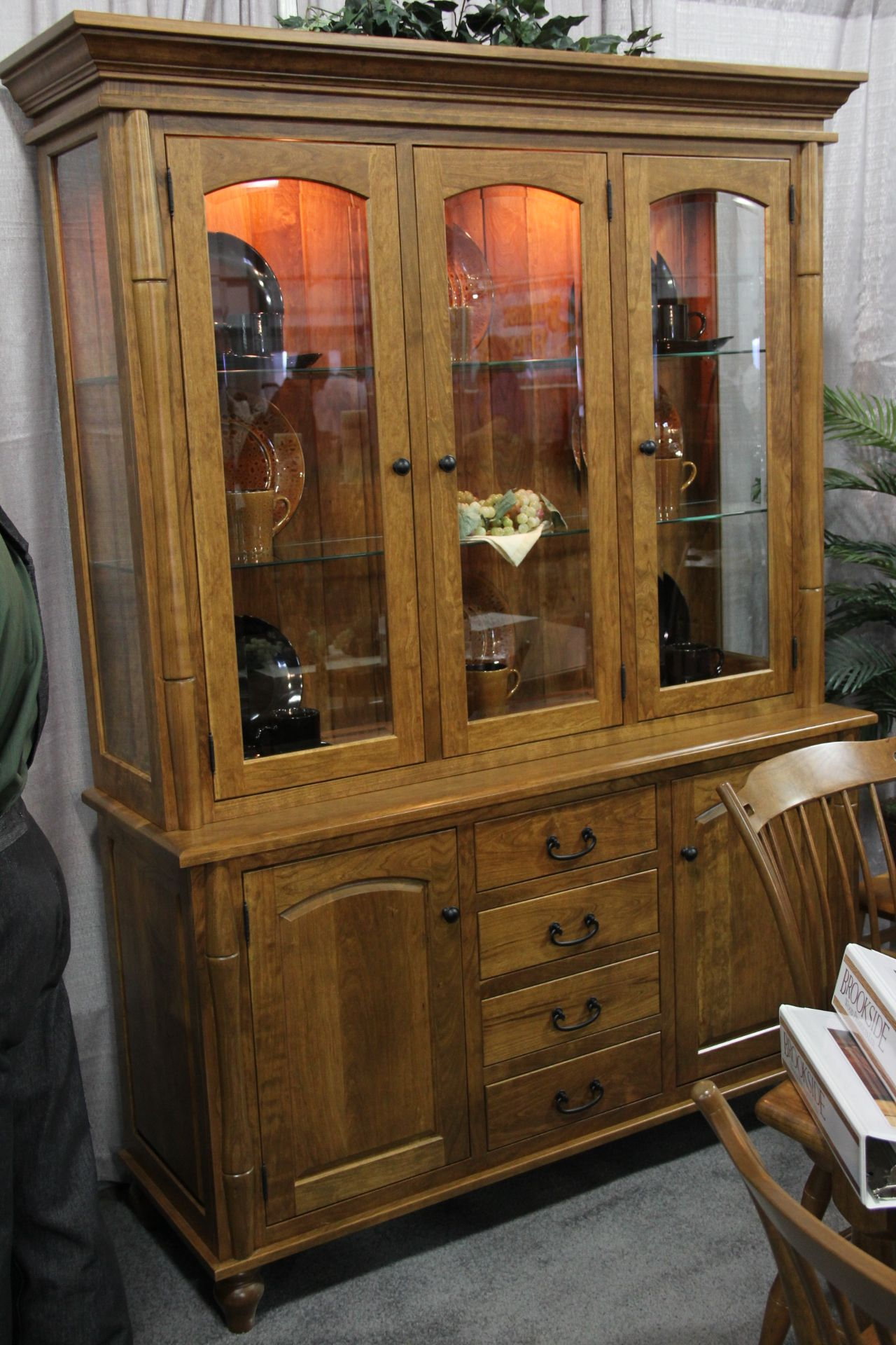 Are the big chains ready to wheel and deal or do they expect people to buy based on sticker price alone? Exquisite china cabinet. I love this so much due to the ...