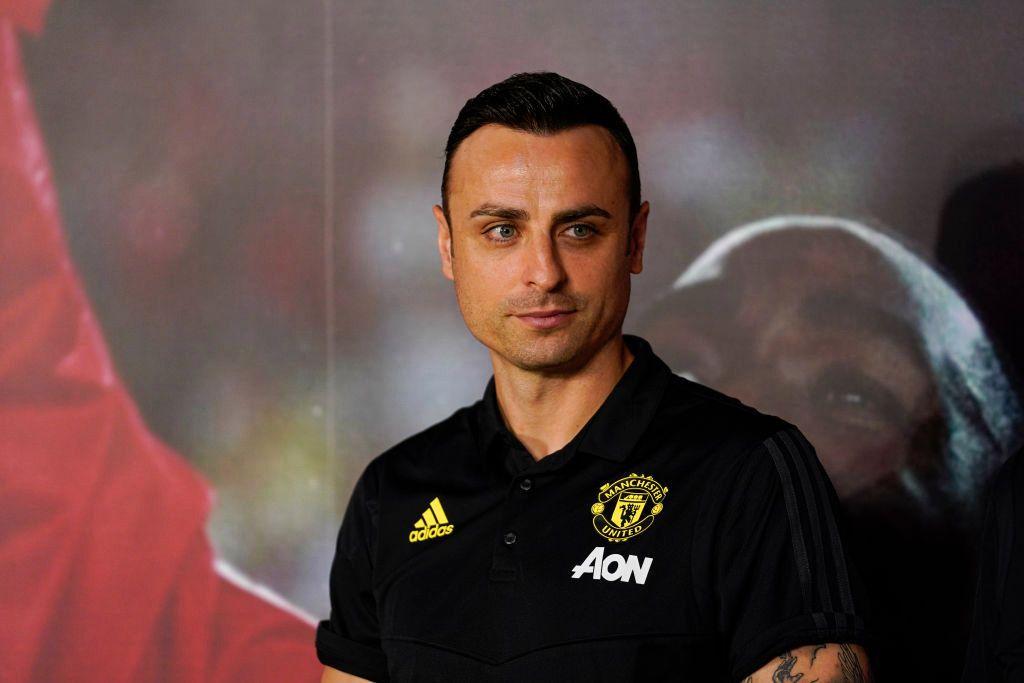 Dimitar Berbatov Names His Champions League Favourites Fcbayern Dimitar Berbatov Names In 2020 Dimitar Berbatov Manchester United Coach Professional Football Teams