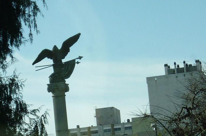 Homenaje al Cóndor Argentino, plaza Italia de La Plata.