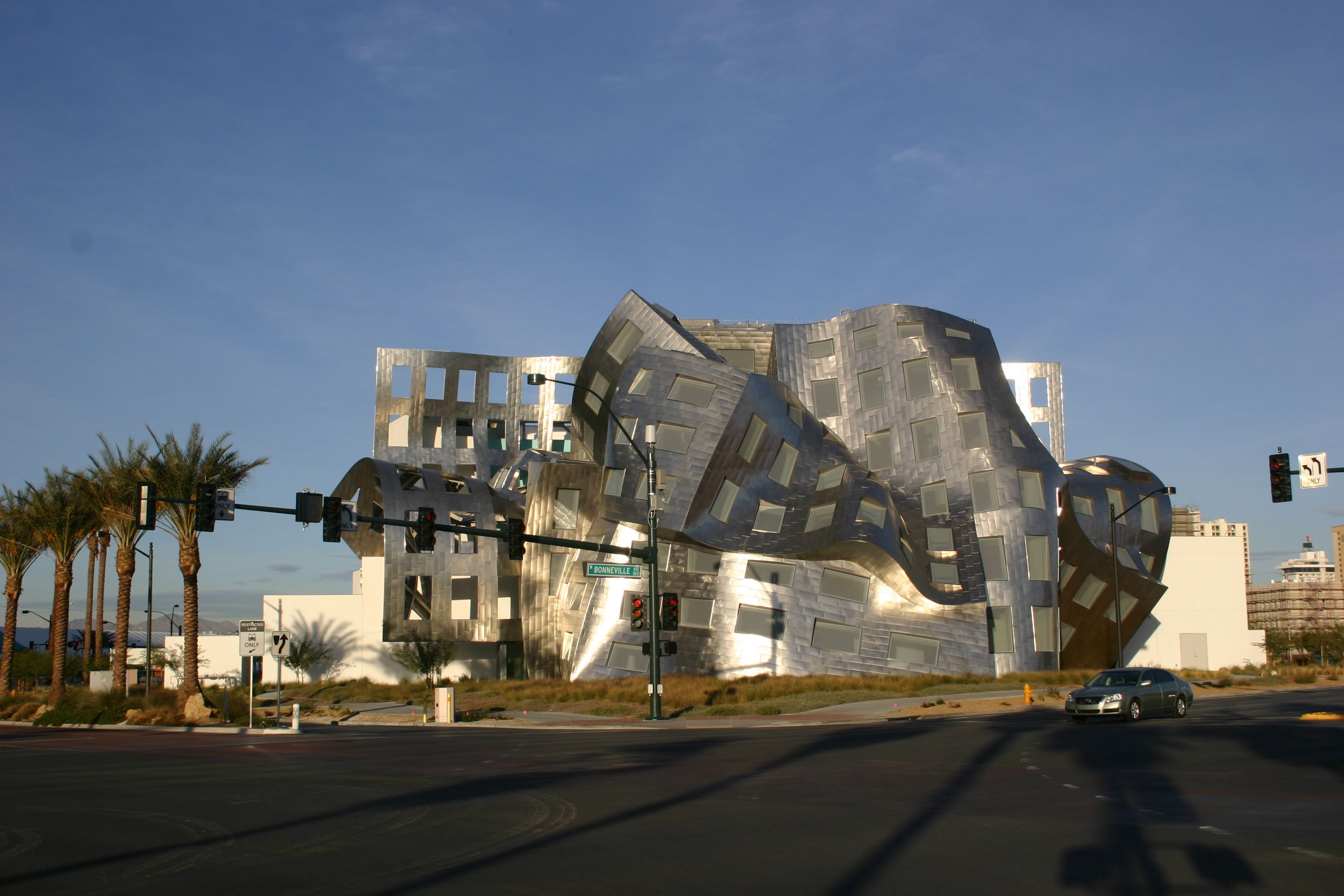 another stainless steel frank gehry classic in vegas