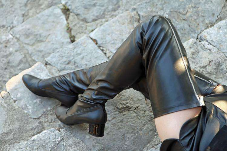 Stiefel Im Der 60er Stil Schrittlanger Reißverschluss Jahre BoQxeECdWr