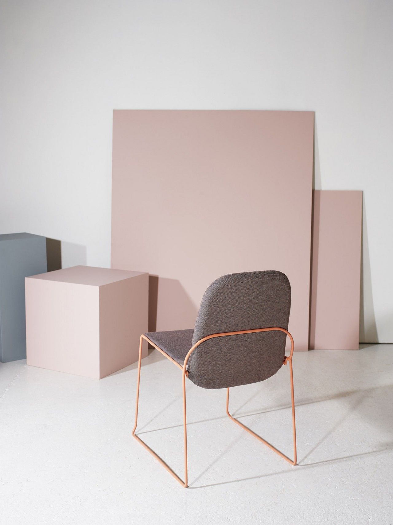 Épinglé par Kate Fales sur Furniture | Pinterest | Chaises et Déco