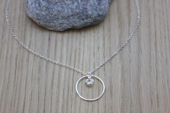 collier argent avec pendentif anneau