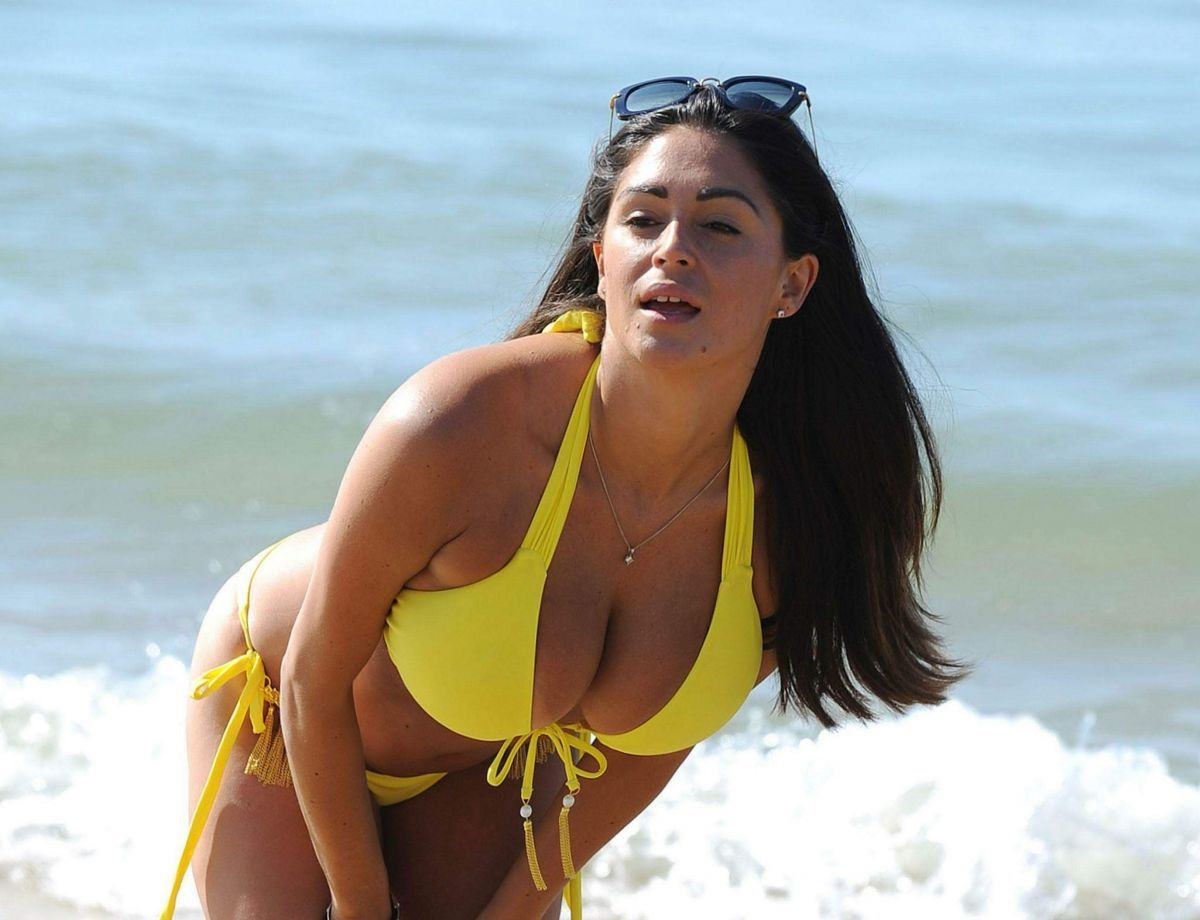 casey-batchelor-in-bikini-on-the-beach-in-portugal-08-26-2017_6 ...