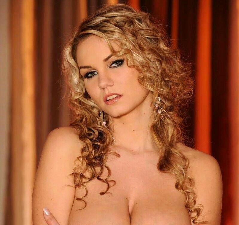 Marie Lambo Nude Photos