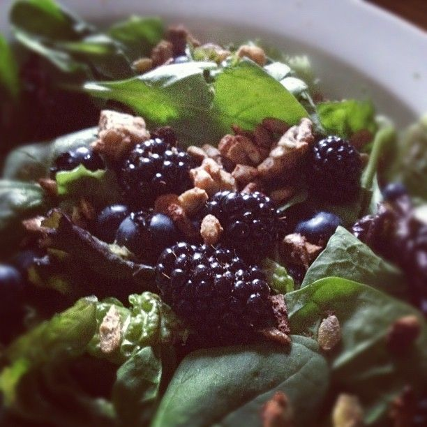 Easy summer salad: red leaf lettuce, spinach, blueberries ...
