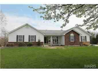 3470 Teri Lane, Troy 63379 on 4 acres ~ SOLD by OneSource buyers' agent Rob Benson