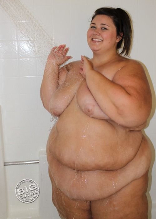 Bbw out of shower play