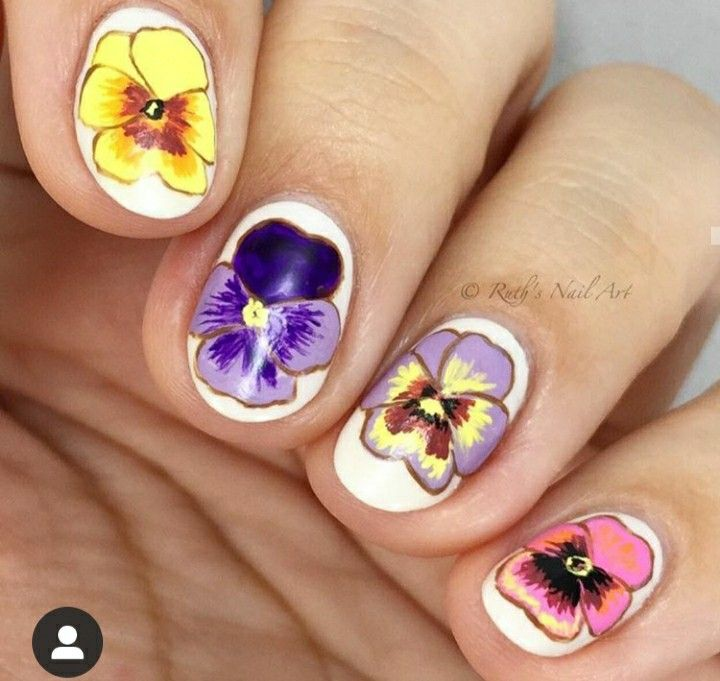 Pin By Ntxawmlis Moua On Nails Design In 2020 Toe Nail Designs Nails Flower Nails