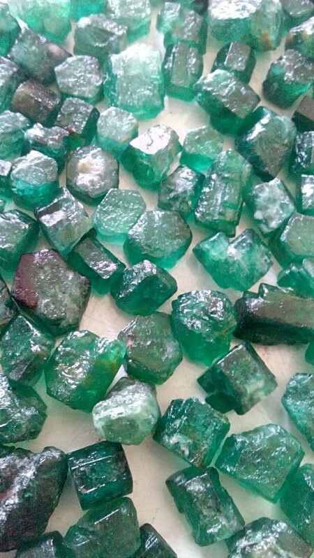1400 carats. Swat emerald. Price 40 $ each carat. Selling ... - photo#33