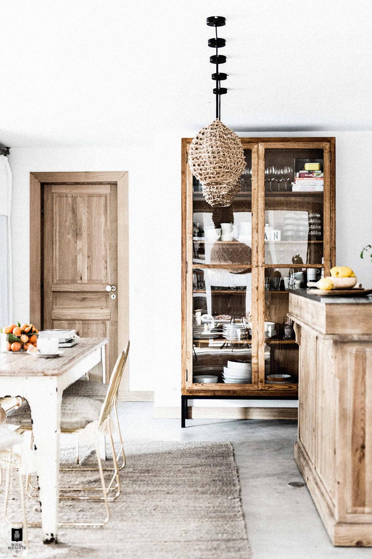 Esprit bohème en Corse | Deco fait maison, Meuble maison et Décoration maison