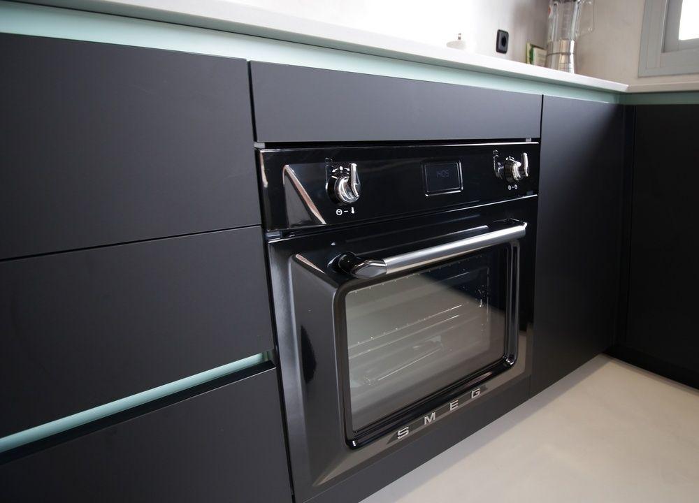Electrodomesticos Negros En La Cocina Electrodomesticosnegros - Electrodomesticos-negros