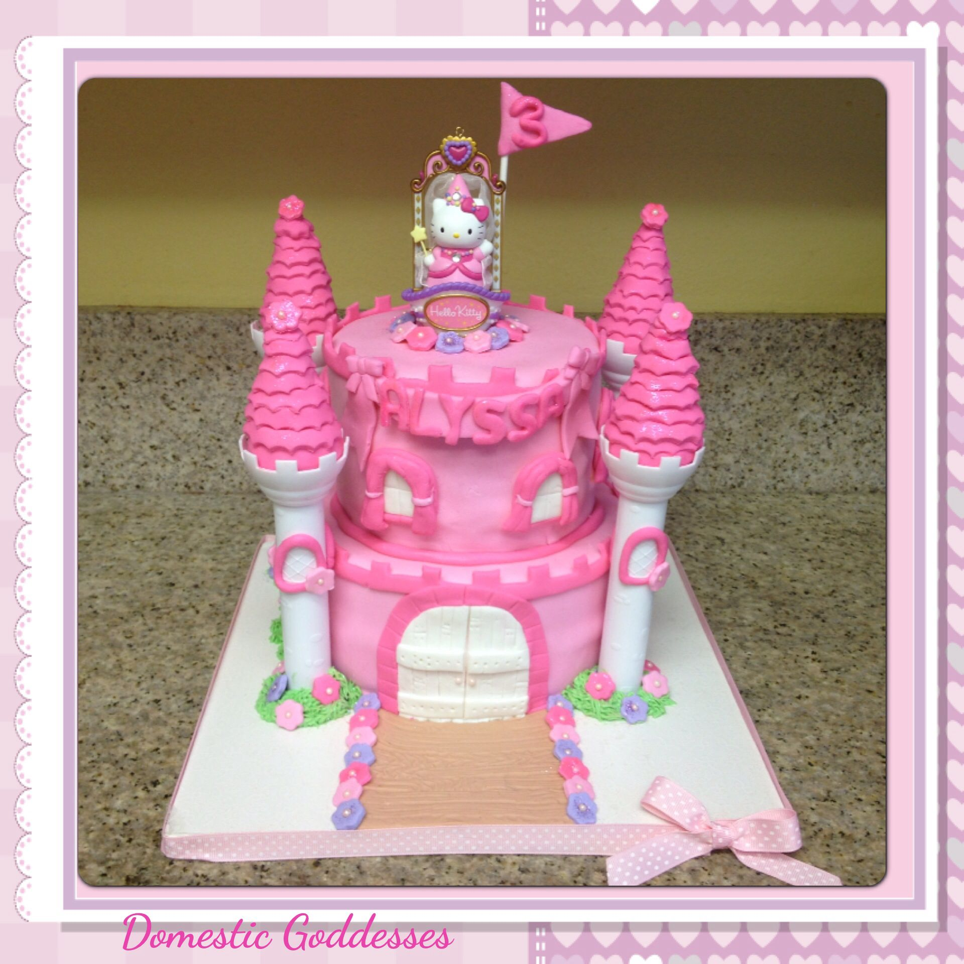 Castle cake Princess Hello Kitty (With images) | Princess ...