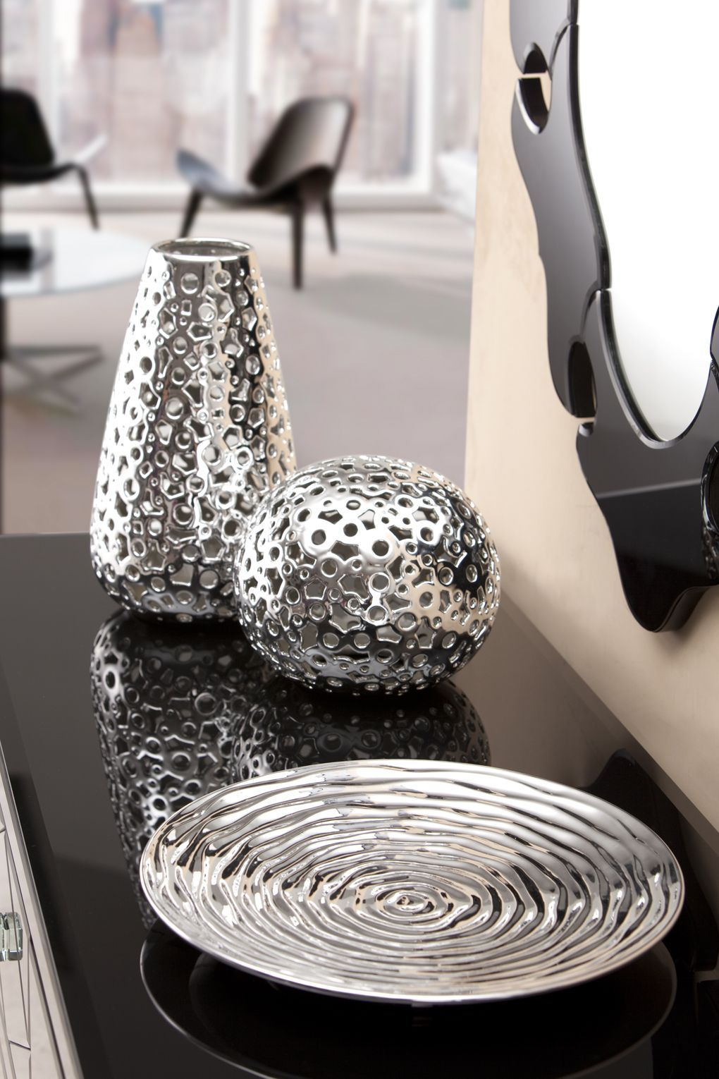 10 Top Silver Accessories For Living Room