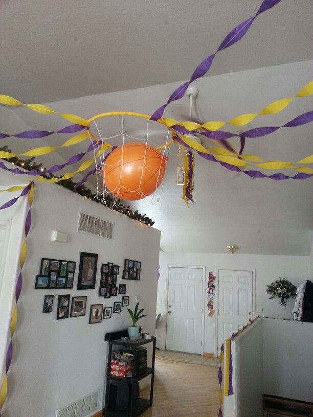 Lakers Basketball Birthday Decorations Got A Hula Hoop From Dollar Store Wrapped With Streamer Used Bouncy Balloon To Look Like The Ball