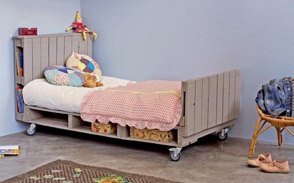 3 camas infantiles elaboradas a partir de uno de los materiales ...