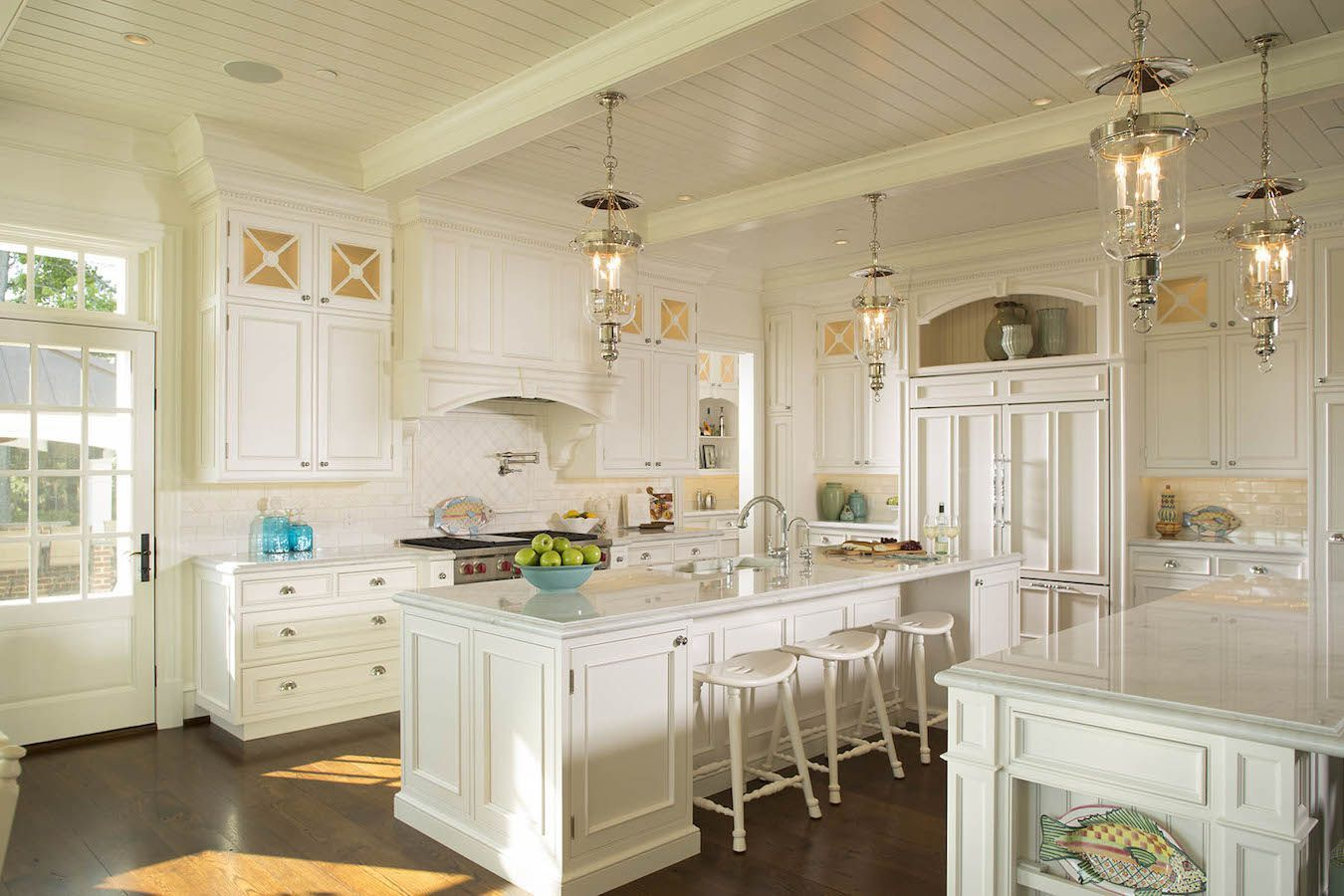 Duvall Creek Classic White Kitchen Featuring Double