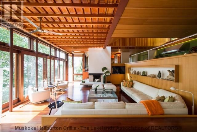 Gorgeous and modern listing up in Muskoka, Lake of Bays now. 2,900,000. See more here: http://www.lakeofbayscottages.ca/listing/1045-hemlock-ridge-rd-dwight-ontario-480630049/
