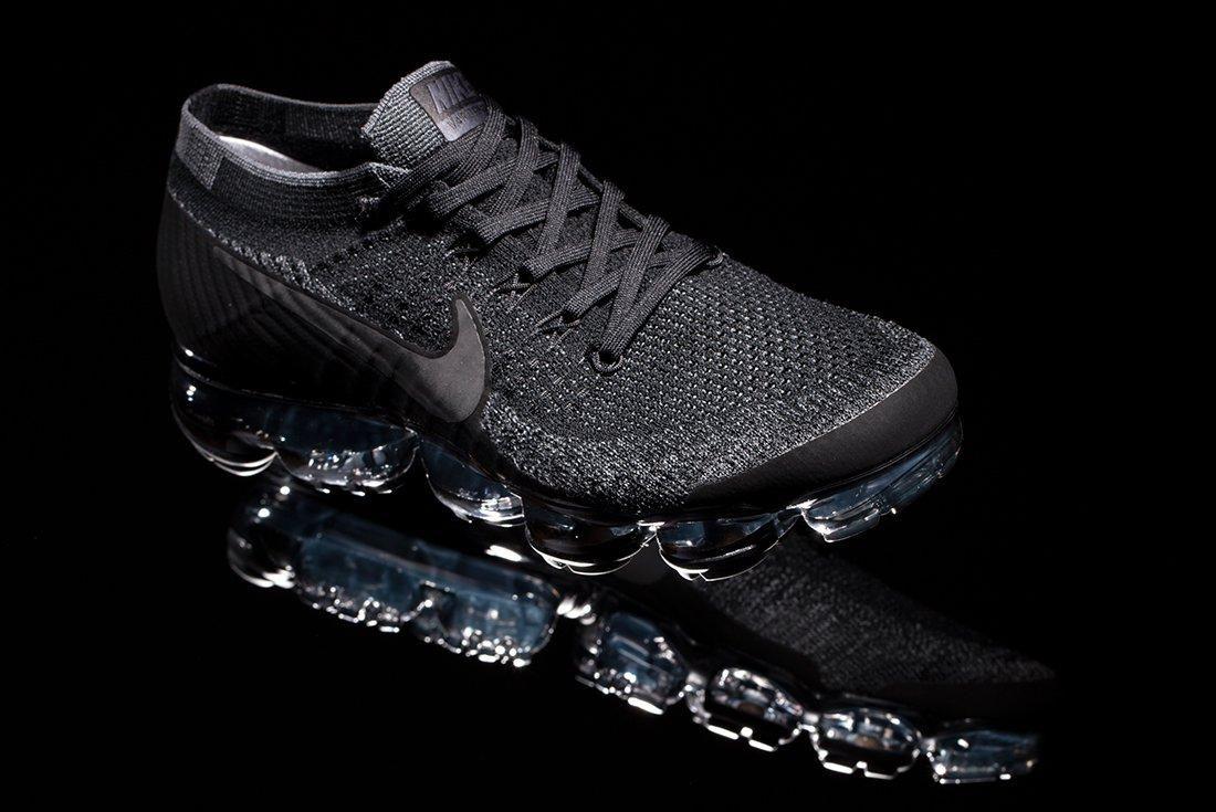 cbcf878e64512 NikeLAB Air VaporMax Flyknit (Triple Black) - Sneaker Freaker