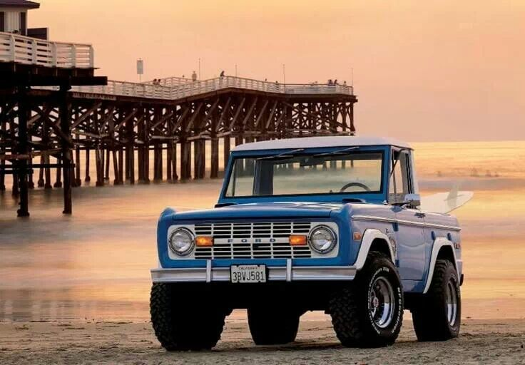 rollerman1: Great picture of an early Ford Bronco bobtail