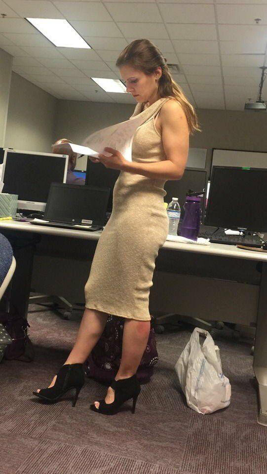 Fotos de mujeres oficinistas sexys fotos de mujer fotos for Follando a la oficinista