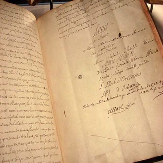 Marriage contract of Marie Antoinette and Louis Signing her life - marriage contract