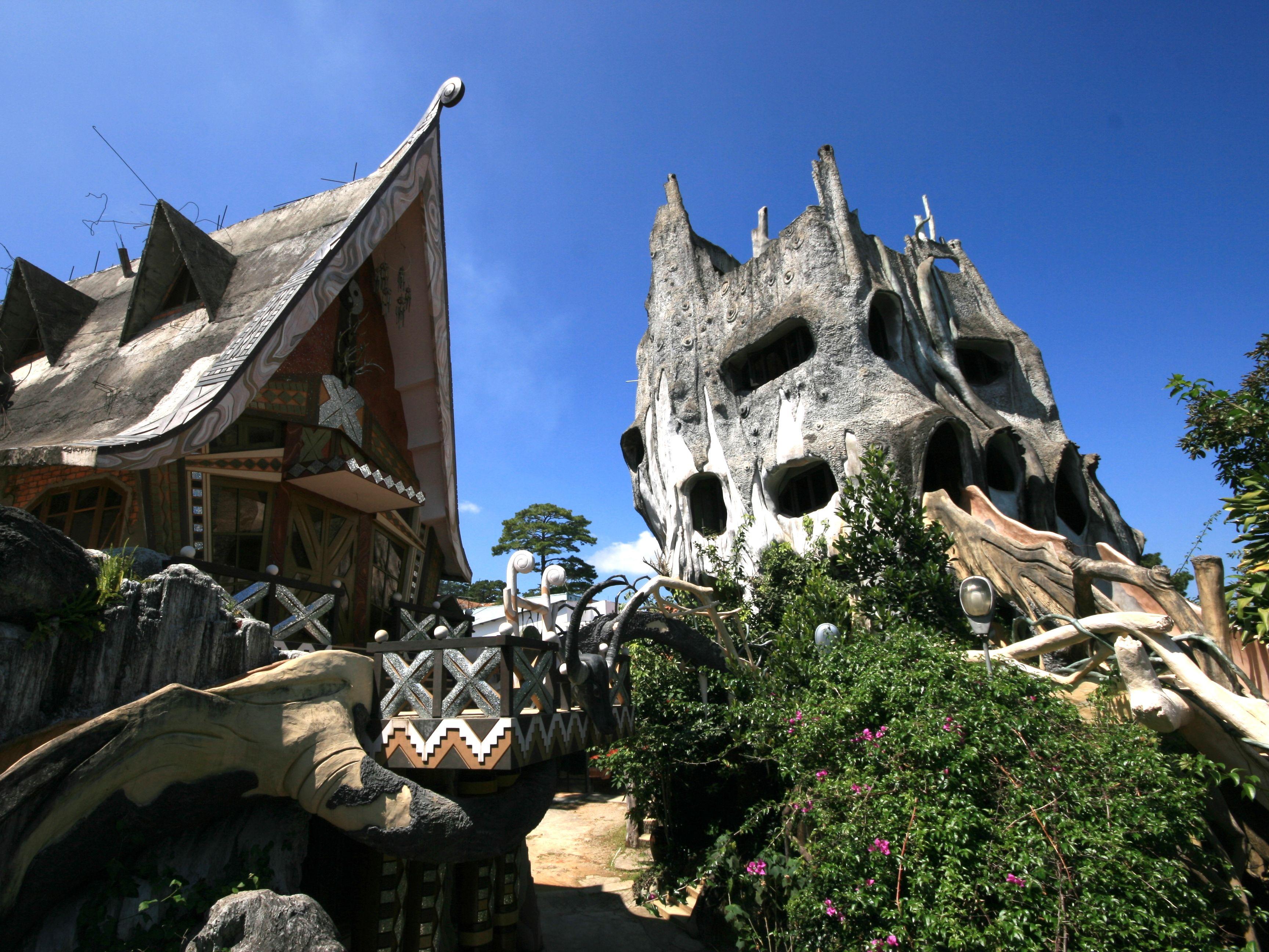 hang nga guesthouse da lat vietnam extreme homes