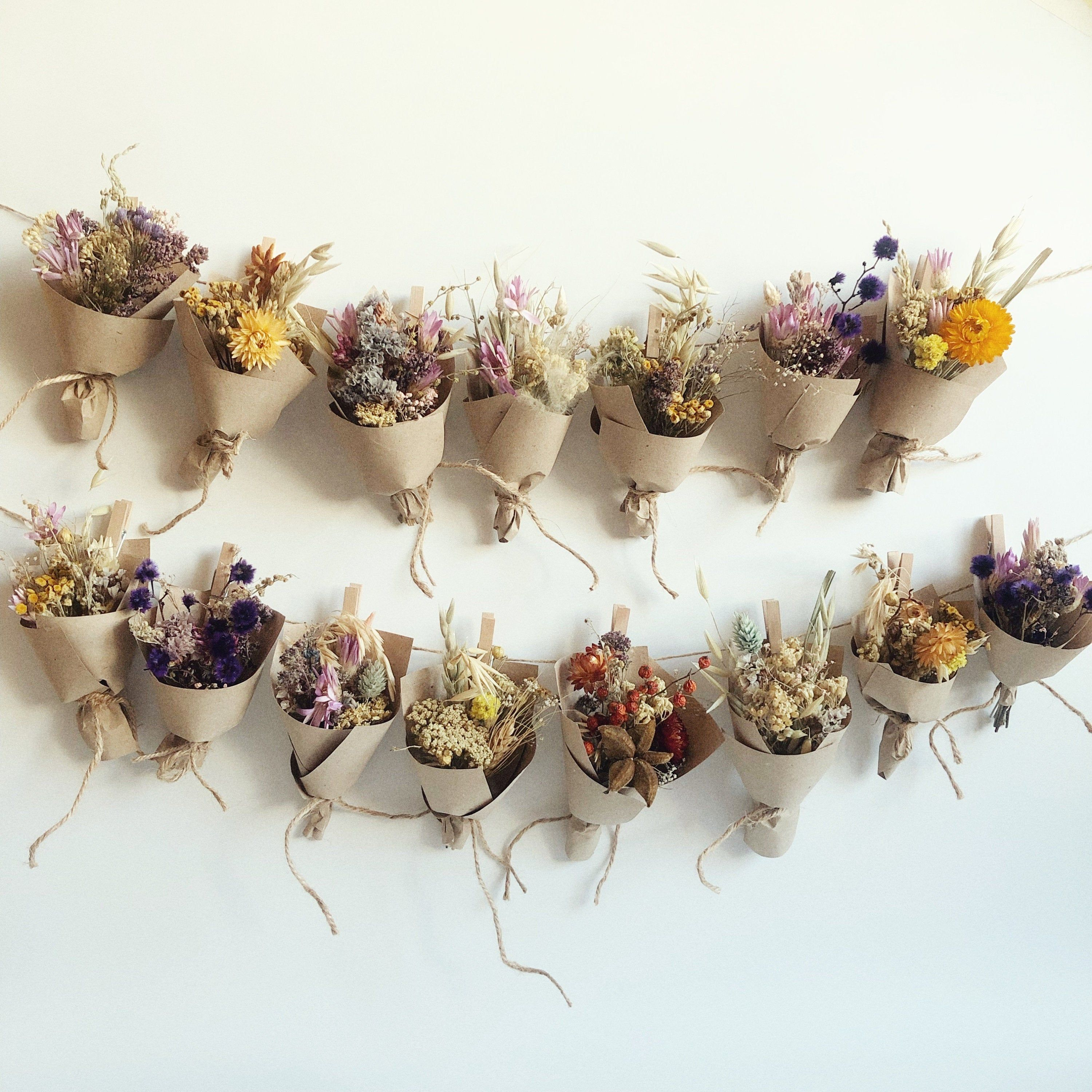 Small Bouquet of dry wild Flowers, flower gift box