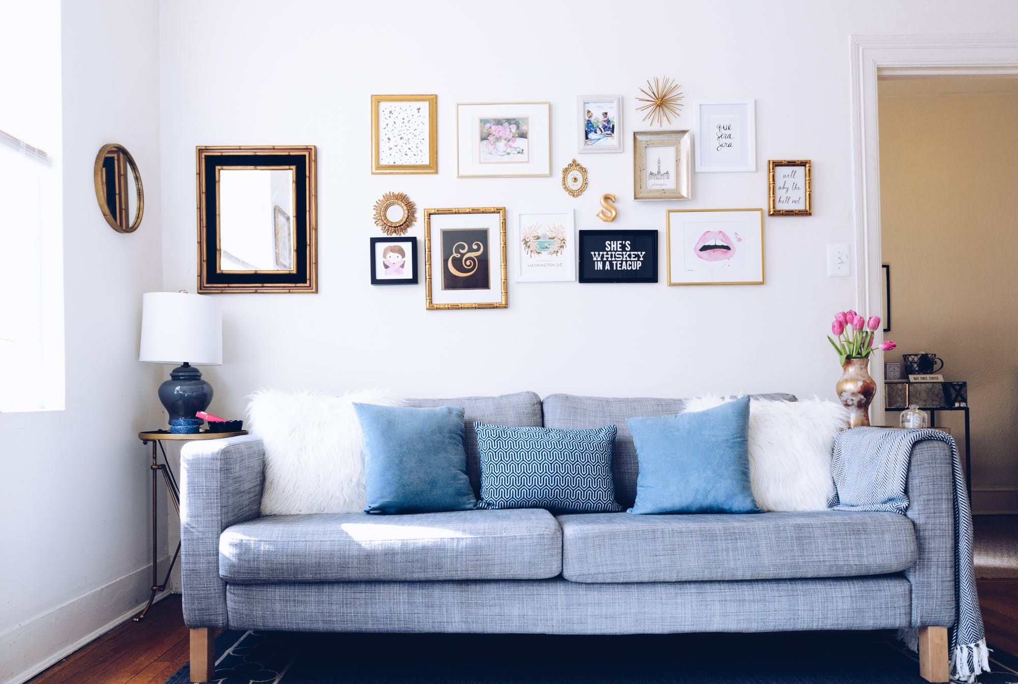 A 20 Something Fills Her Dc Apartment With Craigslist Finds Minimalist Living Room Decor Living Room Decor Dc Apartments